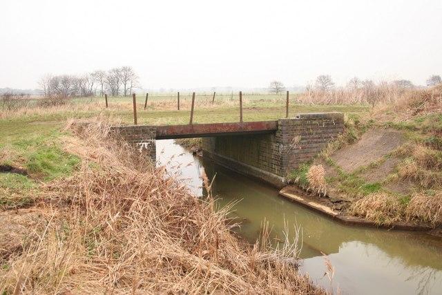 Bridge over Wigsley Drain