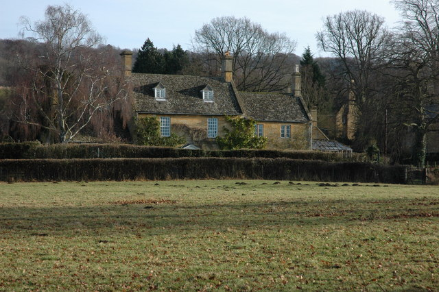 Cotswold stone house in Wood Stanway