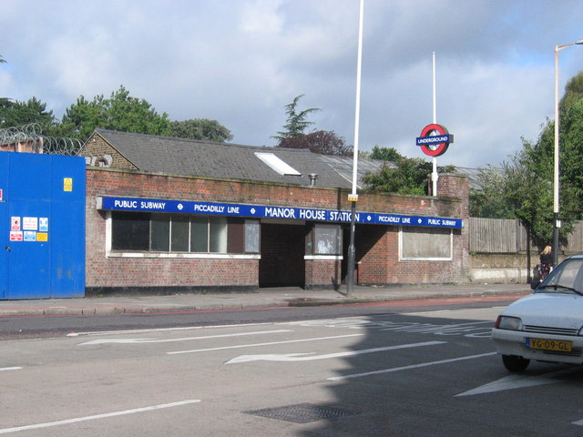 Manor House Underground Station