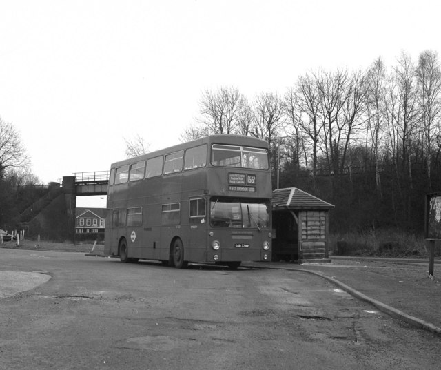 Chipstead Valley bus terminus (2)