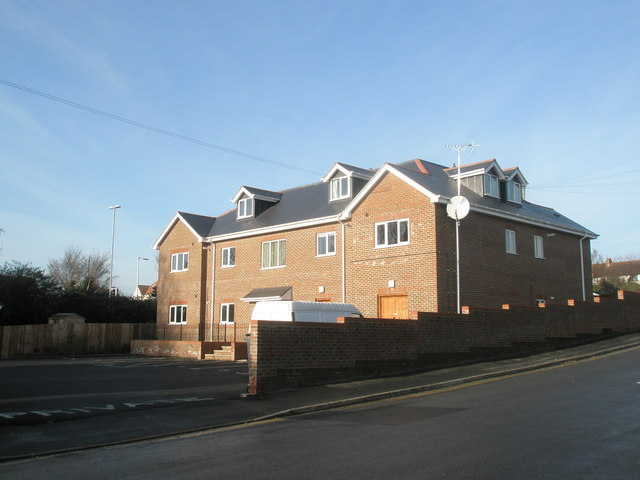 New flats at top of Waterworks Road