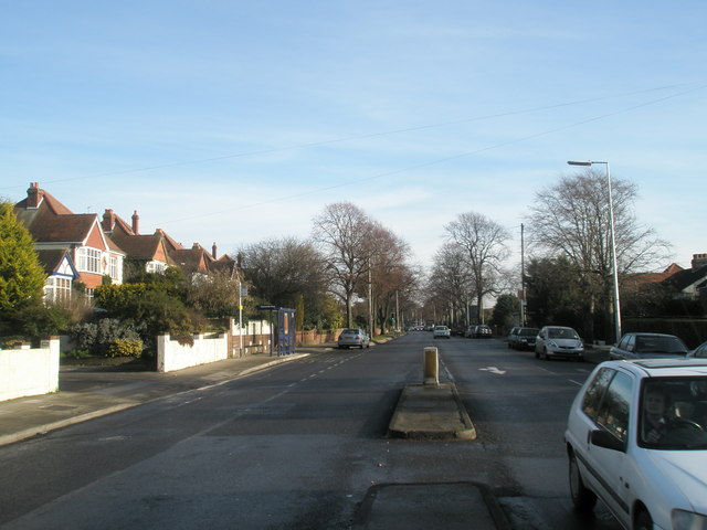 Looking eastwards along the Havant Road
