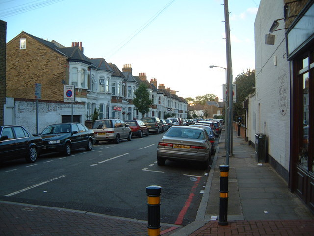Holderness Road, junction with Trinity Road