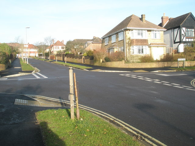 Staggered crossroads at Evelegh Road