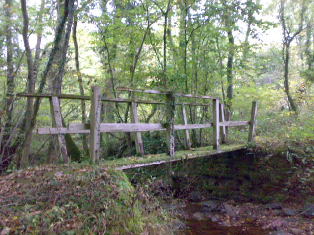Footbridge over Nant yr Hiddl