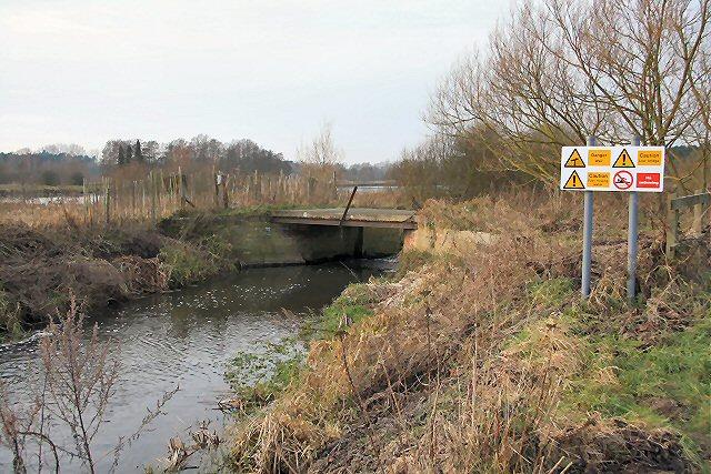 Clough Staunch, River Lark