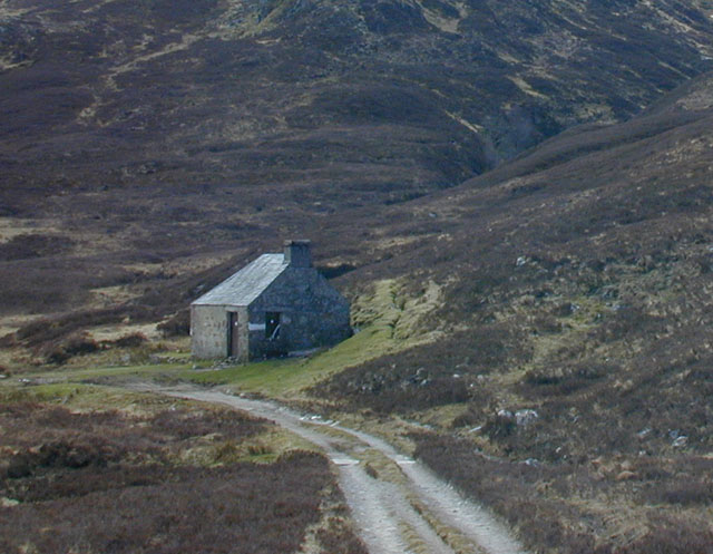 The bothy in the Lairig Leacach