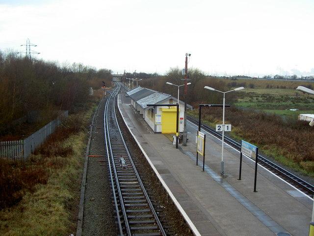 Bidston Railway Station, Christmas Day 2007.