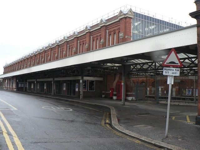 Bournemouth: railway station façade