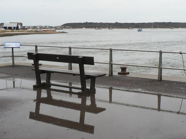 Mudeford: quayside bench