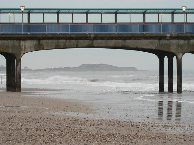 Boscombe: beach and under-the-pier view of Hengistbury Head