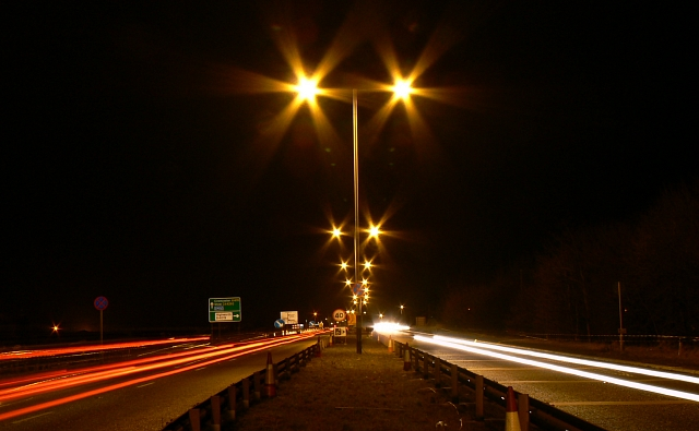 A419 Blunsdon at night