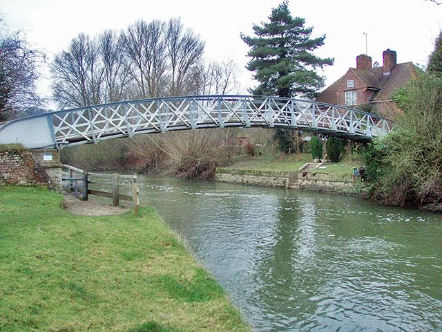 Footbridge below Day's Lock