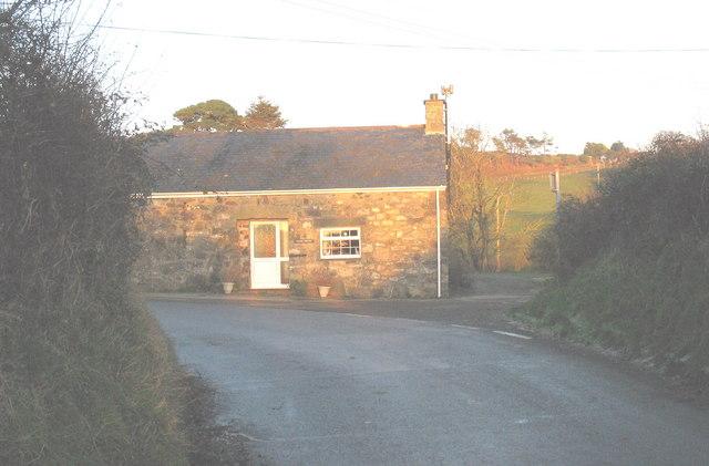 Ysgubor Degwm - Tithe Barn, Llangian