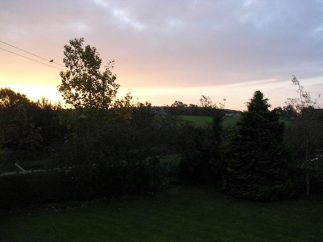 Dawn breaks at Cropthorne