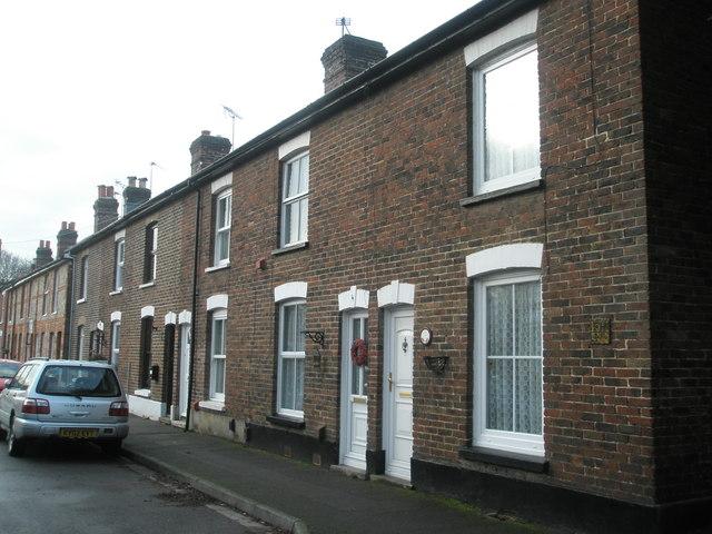 Terraced housing in Lynbourn Road