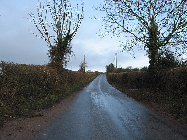 Country road to Little Dewchurch from Hoarwithy