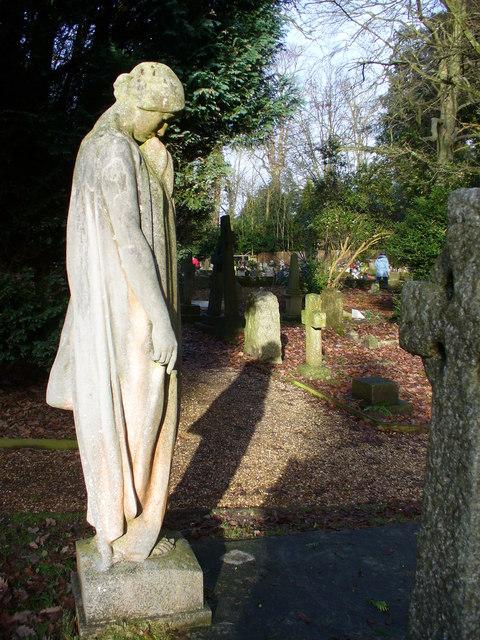 Worplesdon Churchyard