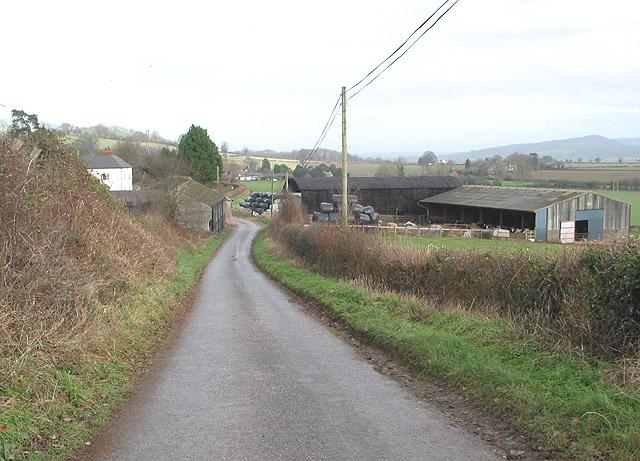 Farm between Dinedor and Dinedor Cross