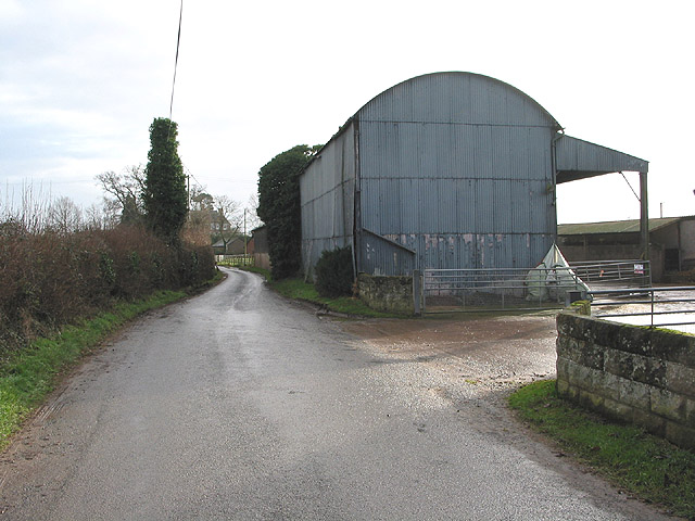 Corrugated barn at Dinedor