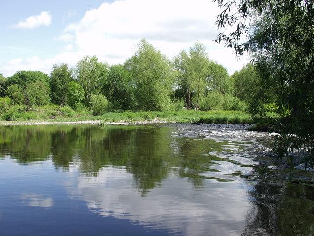 Afon Dyfrdwy at Trevor