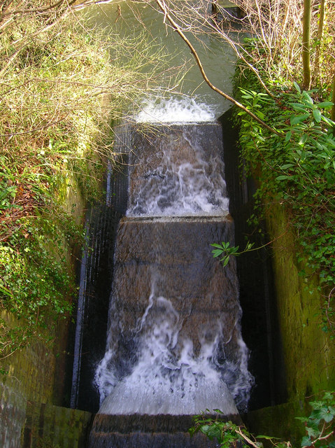 Weir Viewed from Forge Lane Bridge