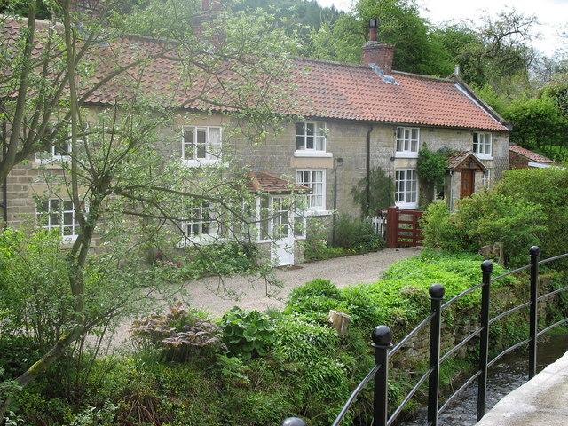 Terrace Houses Lastingham