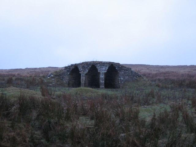 Lime kiln below Belling Crag