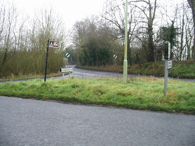 Entrance to Bekesbourne Lane from the A257