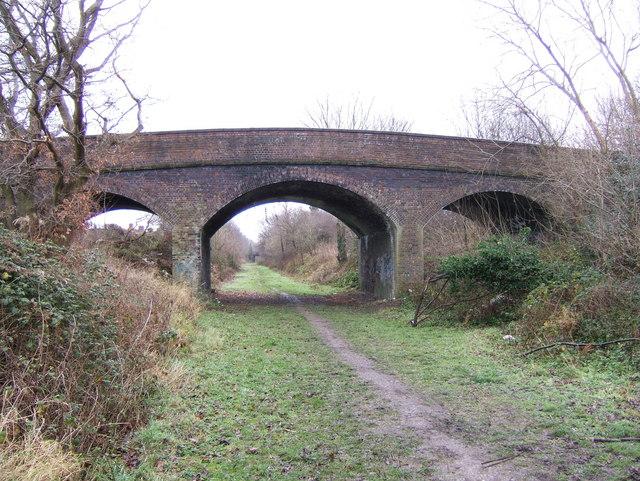 Fairfield Road, footbridge