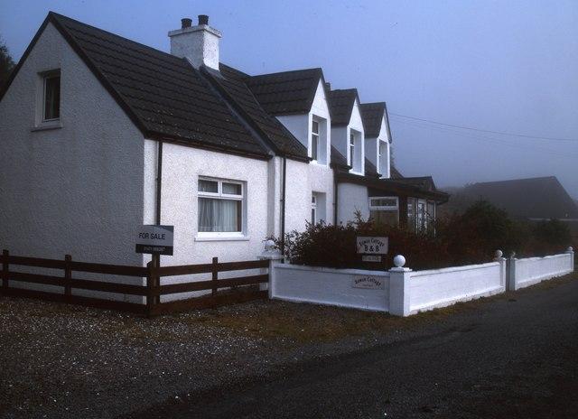 Galsnakille, Rowan Cottage