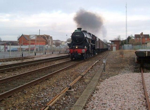 Black 5 departs Gillingham Station.