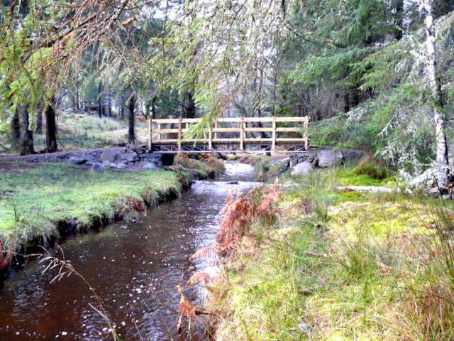 New Footbridge across Aldie Burn