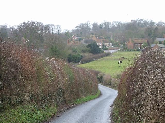 View along Catsole Hill to Goodnestone