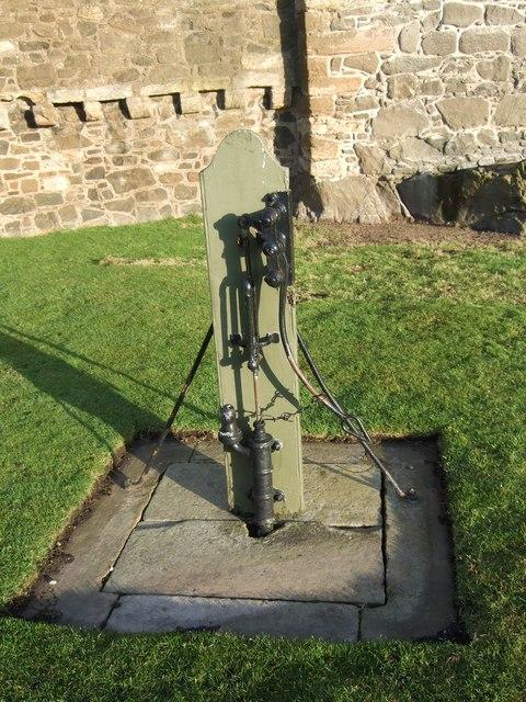 Water pump, Blackness Castle