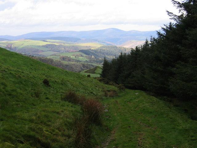 Llwybyr o Aberhosan i Foel Fadian / Footpath from Aberhosan to Foel Fadian