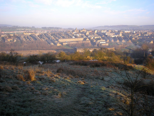 View over Colne on a frosty morning, from 886393