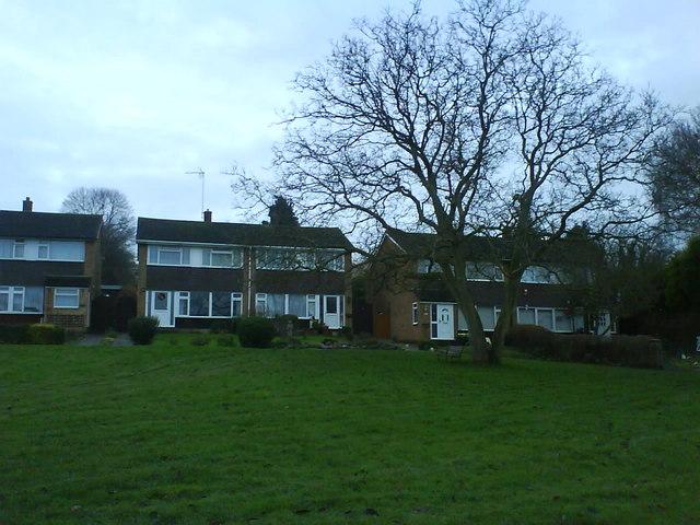 Houses Aley Green Caddington