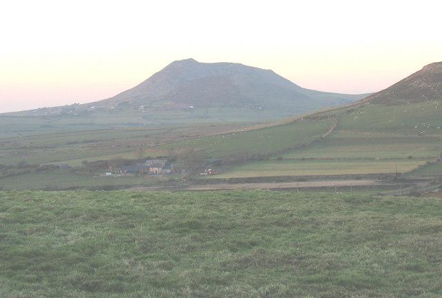 Bwlch-y-mynydd Farm from Foel Fawr