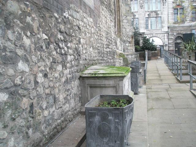 Looking northwards along rear wall of All Hallows Barking