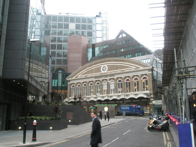 Entrance to Fenchurch Street Station
