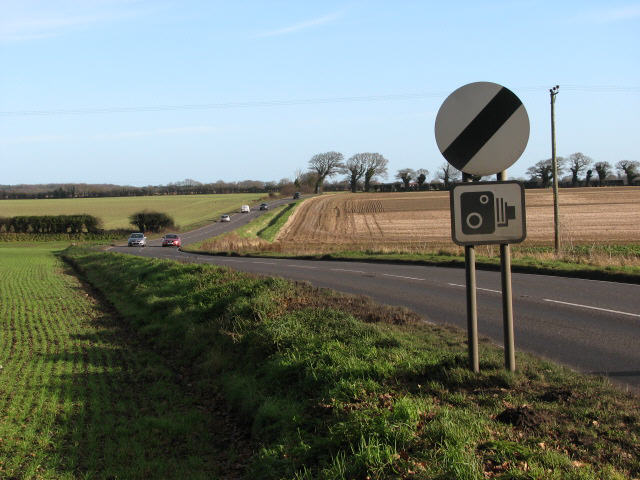 Looking east along Cromer Road (A148)