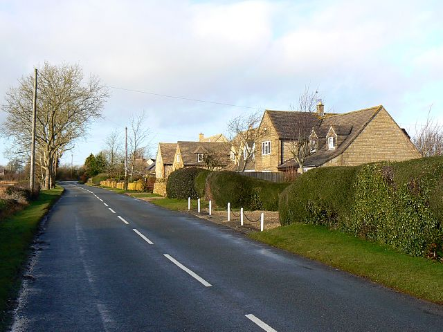 Houses in Chedworth