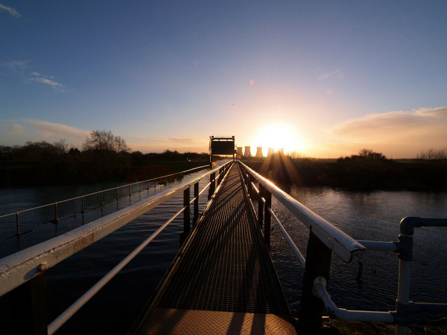 Sunset on the River Don aqueduct walkway on the New Junction Canal