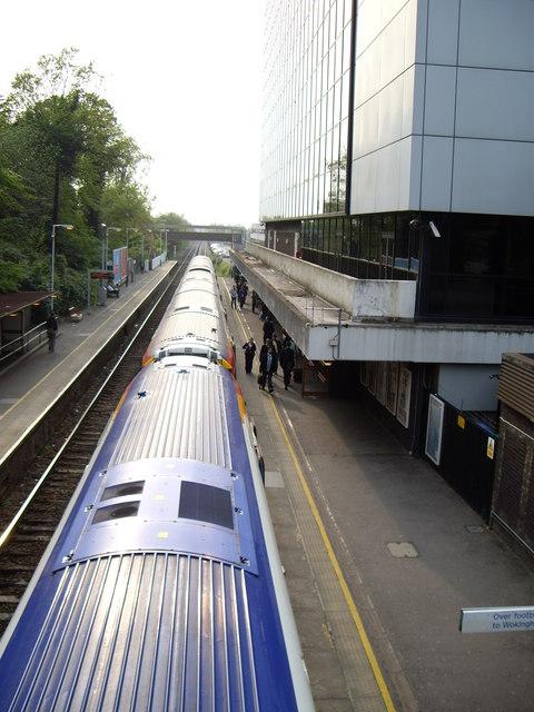 London bound train at Bracknell station