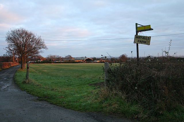 Mayalls Farm from the A4104