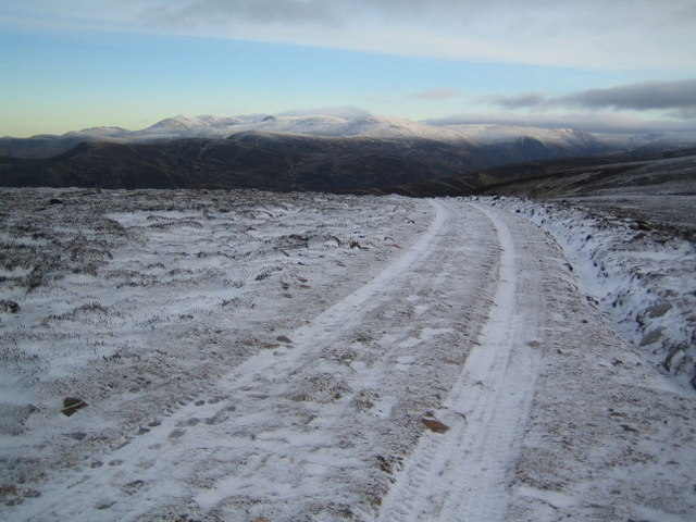 Track to the summit of Morrone