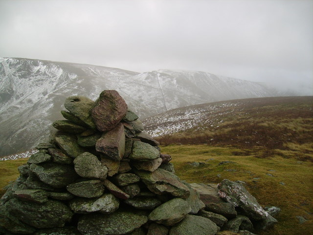 Summit Cairn, Rest Dodd