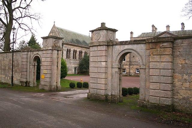 Wellingore Hall gates