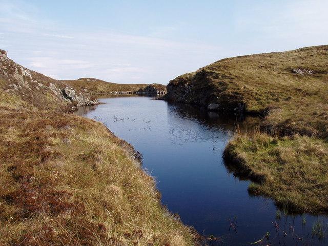Unnamed lochan to SW of Loch Dubh an Sgorr